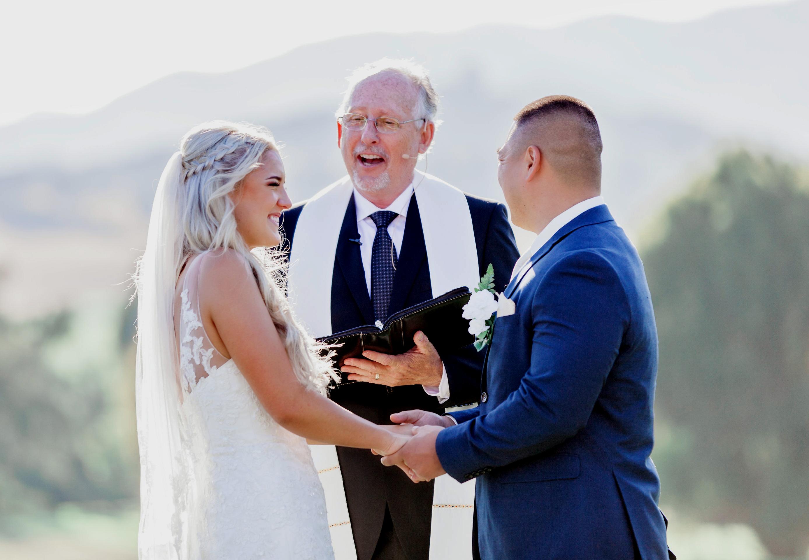 Weddings In San Luis Obispo Countryside Olive Tree Officiating,New York City Hall Wedding Dresses